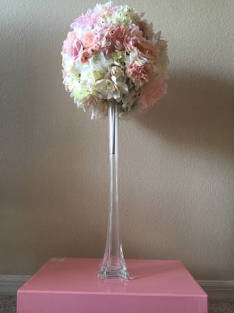 Clear Eiffel Tower Vases With Flower Ball Tea Time Creations